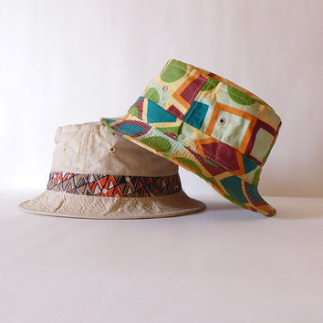 7773e8150e826 Crushable Tan Bucket Hat Groovy 60s Hat Retro Beach Hat Old ManTiki Party  Hat Summer Hat