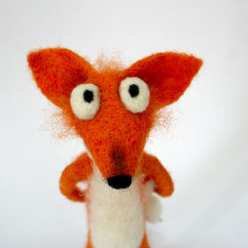 Needle Felted Fox. Red Dog-Fox. Funny. Felt Toys. Fox with Chicken. Soft Sculpture. Made to order.