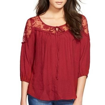 Junior Women's Blu Pepper Lace Inset Top,