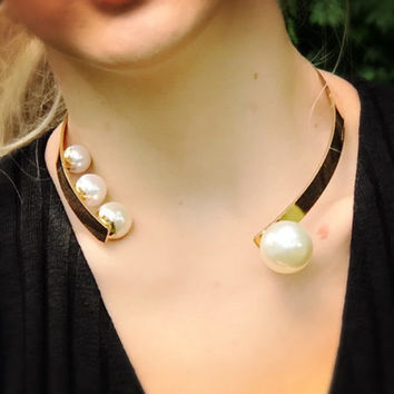 Pearl up Golden Ring Collar Necklace Choker - LilyFair Jewelry