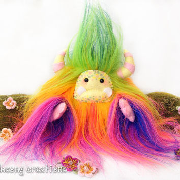 "Yeti artist bear, fantasy creature, Rainbow faux fur monster plush ""Confetti"""