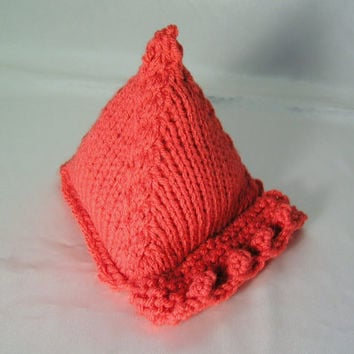 Knitted Smartphone Stand
