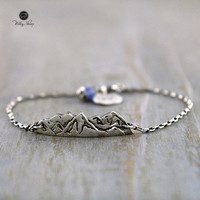Silver Bracelet - Mountains view on a chain.Mountain View .Travel jewelry.Mountain jewelry.Nature Lover Gift.Gift for Hikers.Silver jewelry