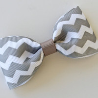 Reverse Chevron Hair Clip, Grey Gray White Hair Clip, Simple Bow Tie Tuxedo Hairbows, Toddler Hairbow, 3 Inch Bow