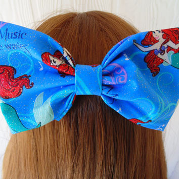 Hair bow / Ariel / The Little Mermaid / hair bow / girls hair bow / princess ariel bow / fabric bow / mermaid bow / disney hair bow