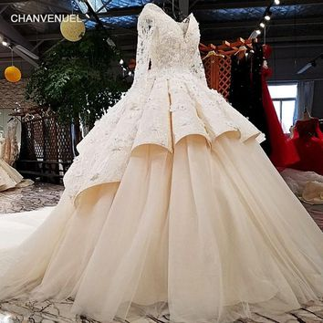 LS32746 2018 new arrival luxury elegant v neckline appliqued beading long sleeve long tail ball gown sexy ivory wedding dress