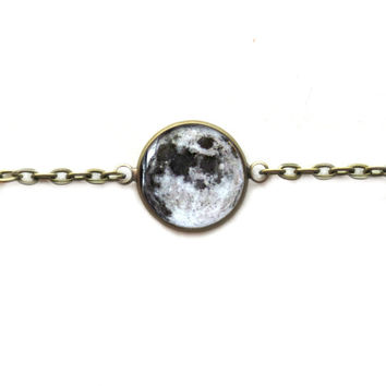 Full Moon Bracelet - Single Charm Chain Link Bracelet - Science and Astronomy Lover's Jewelry - Solar System Universe Galaxy Jewelry