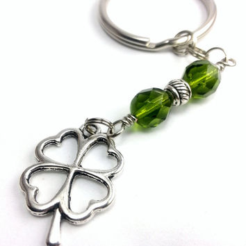 Celtic Shamrock Keychain, Men's Women's Keychain Four Leaf Clover Charm, Czech Glass Green Beaded Keychain, Irish Shamrock Unisex Keychain