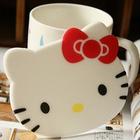 4PCS/Lot Hello Kitty Silicone Mat Coasters Cute Round Silicone Mat Kitchen Accessories Glass Kawaii Cup Dishes Mat Coasters