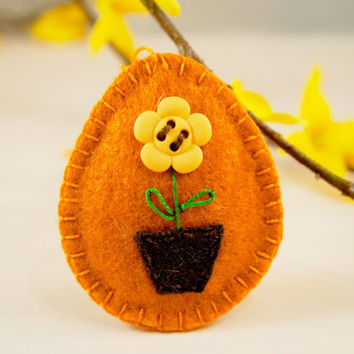 Felt Easter egg ornament with potted flower handmade - spring Easter gift Home decor handmade
