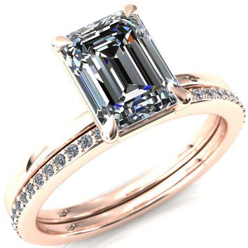 Cynthia Emerald Moissanite 4 Claw Prong Solitaire Ring