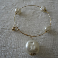 Vintage Dimple Glass Pearl Gold Memory Wire Bracelet