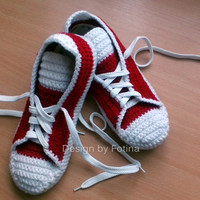 "Crochet Mens Womens Slippers, house knits shoes, ""converse"" style - 10 colours to choose from - Made to Order - 3-5 Days"