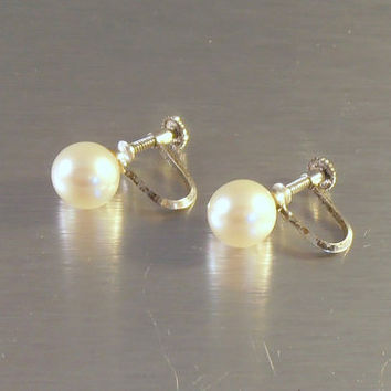 Sterling Pearl Earrings 9mm, Mikimoto Style Stamped Silver, Screw Back, Creamy Luminous, Bridal Wedding Jewelry