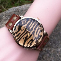 Fashion leopard ladies watches fatal attraction noble watches, leather watch