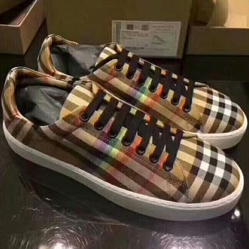 Burberry 2018 new women's classic texture soft outsole fashionable shoes