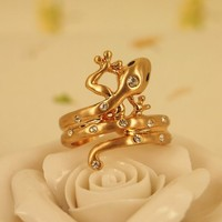 High Quality Fashion Alloy Costume Jewellery Ring For Women Cute Gecko Wrap Ring with Rhinestone Setting US 7 Golden