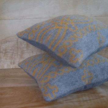 Pendleton Wool Pillow Pair 11x14 by RobinCottage on Etsy