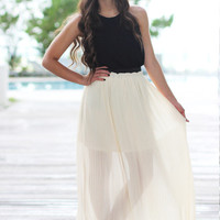Lovely Cream Pleated Skirt - Furor Moda