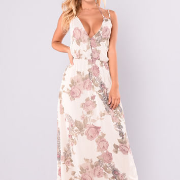 Round Of Applause Dress - Cream