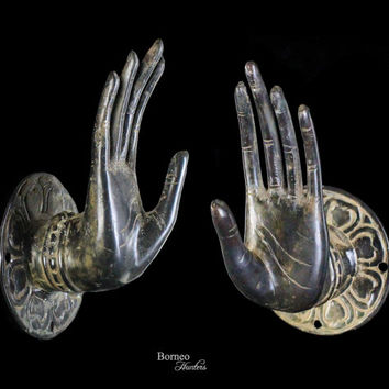 """Bronze Mudra Hand For The Wall 6""""Buddha Hand Sculpture Abhaya Mudra Gesture of Protection/Fearless Offering Blessing&Protection~Key Holder"""