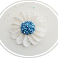 Crochet Daisy Flower Brooch - Crochet Marguerite - Blue Daisy Brooch - Unique Gift