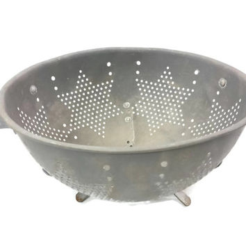 Vintage Aluminum Star Colander, Repurposed Planter, Kitchen Decor, Upcycled Garden, Large Strainer, Pierced Metal, Primitive Farmhous Rusty