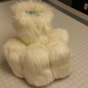 FURSUIT feet any color.