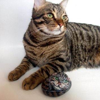 Custom Pets Portrait 3D Painting on Rocks -  MADE TO ORDER -  Painted Pet  Memorial Rock Art