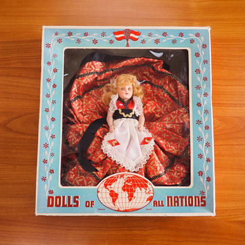 Vintage Duchess Dolls of All Nations Czechloslovakian Girl Original Box