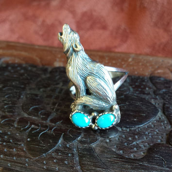 Sterling silver turquoise howling wolf ring