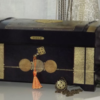 Lock box. LARGER CHEST. Free matching pendant. Can be personalised. Black, purple, gold, copper jewellery treasure chest. Keep sake chest.