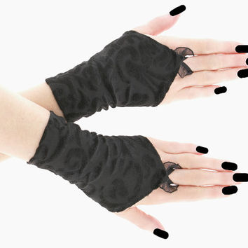 Black short fingerless gloves, wrist warmers gothic - burlesque - vintage - bohemian style, womens evening gloves, dancing glove, goth  0755