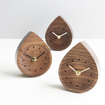 Raindrop walnut clock