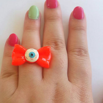 Bow ring, eyeball jewelry, trippy accessories, kawaii rings, novelty gift, novelty earrings, novelty gift idea, rings, eyeball rings