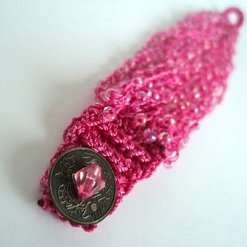 Pink Knitted Bead Bracelet by Lunarpearl on Etsy