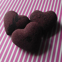 Bleeding Heart - Red and Black Bath Bombs - Gothic Goth Witch - Bath Bombs - Bath Fizzies - Set of 3 - Party Cute GIfts Fun Kids Woman Teens