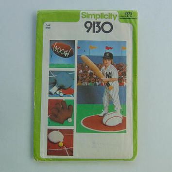 Simplicity 9130 Set of Sport Pillow Sewing Pattern uncut