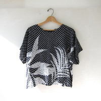 80s Boxy Cropped Shirt. Polka Dotted Floral Top.