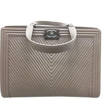 Auth Chanel Calfskin Chevron Leather Shoulder Bag Ostrich Grey