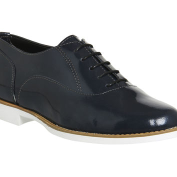 Office Dilemma Round Toe Lace Ups Navy Patent Leather - Flats