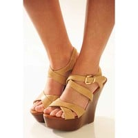 Top Of The World Wedges: Tan