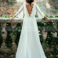 Sexy Ivory Lace Long Sleeve Backless Bohemian Wedding Dress 2017 Summer SweepTrain Ruched Chiffon Plus Size Beach Bridal Gowns
