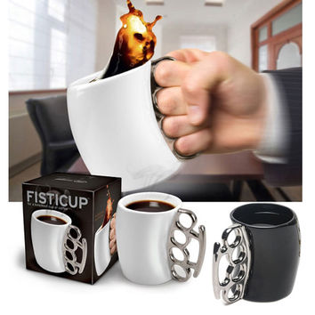 Novelty Design Fist Cup Brass Knuckle Duster Handle Cup Coffee Milk Ceramic Mug Creative Cup TB Sale