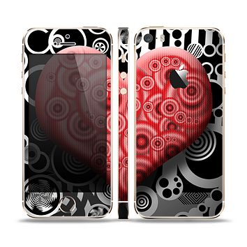 The Industrial Red Heart Skin Set for the Apple iPhone 5s