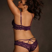 Plus Size Strappy Stretch Lace Panty | Hips & Curves