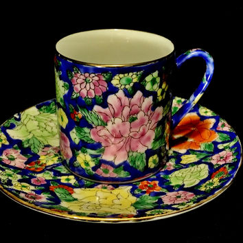 Chinese Thousand Flower Hand Painted Porcelain Cobalt Blue Flowered Demitasse Cups & Saucers