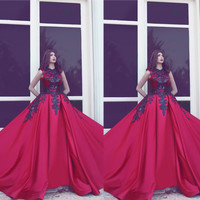 Said Mhamad Evening Gowns Crew Neckline Lace Appliques Crew Neckline Ball Gown Satin Red Prom Dresses Vestidos de Fiesta