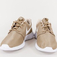 Brand New Mens Nike Roshe One Running Trainers - 511881-203 - UK 7.5 Beige/Khaki