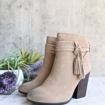 very volatile - enchanted tassel detail suede leather ankle bootie - taupe